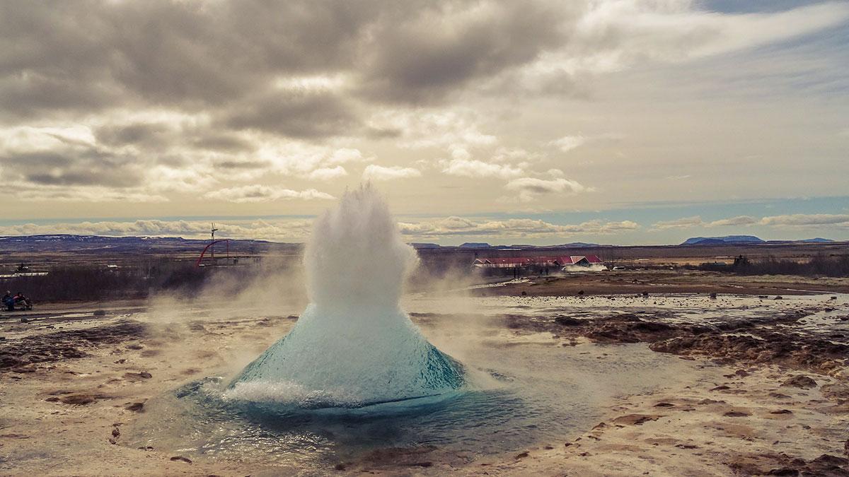 iceland-great-geysir-geysers