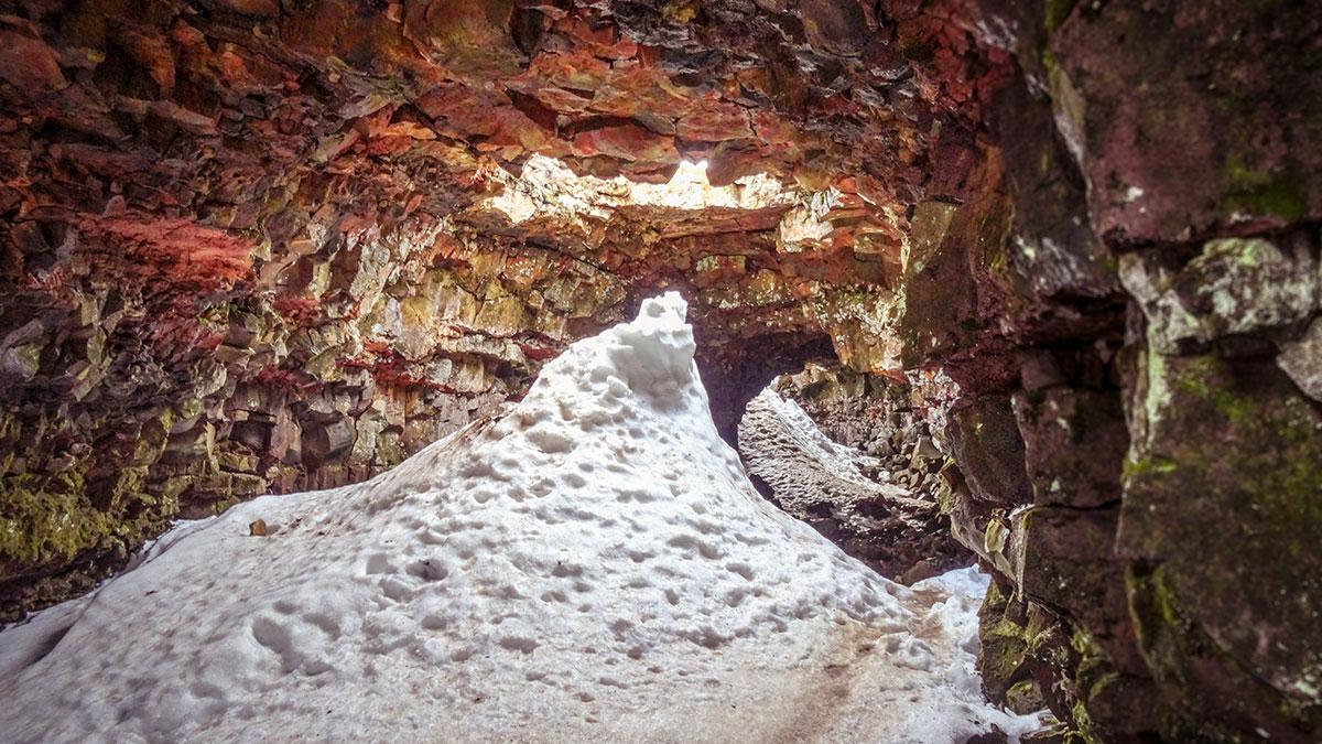 iceland-raufarholshellir