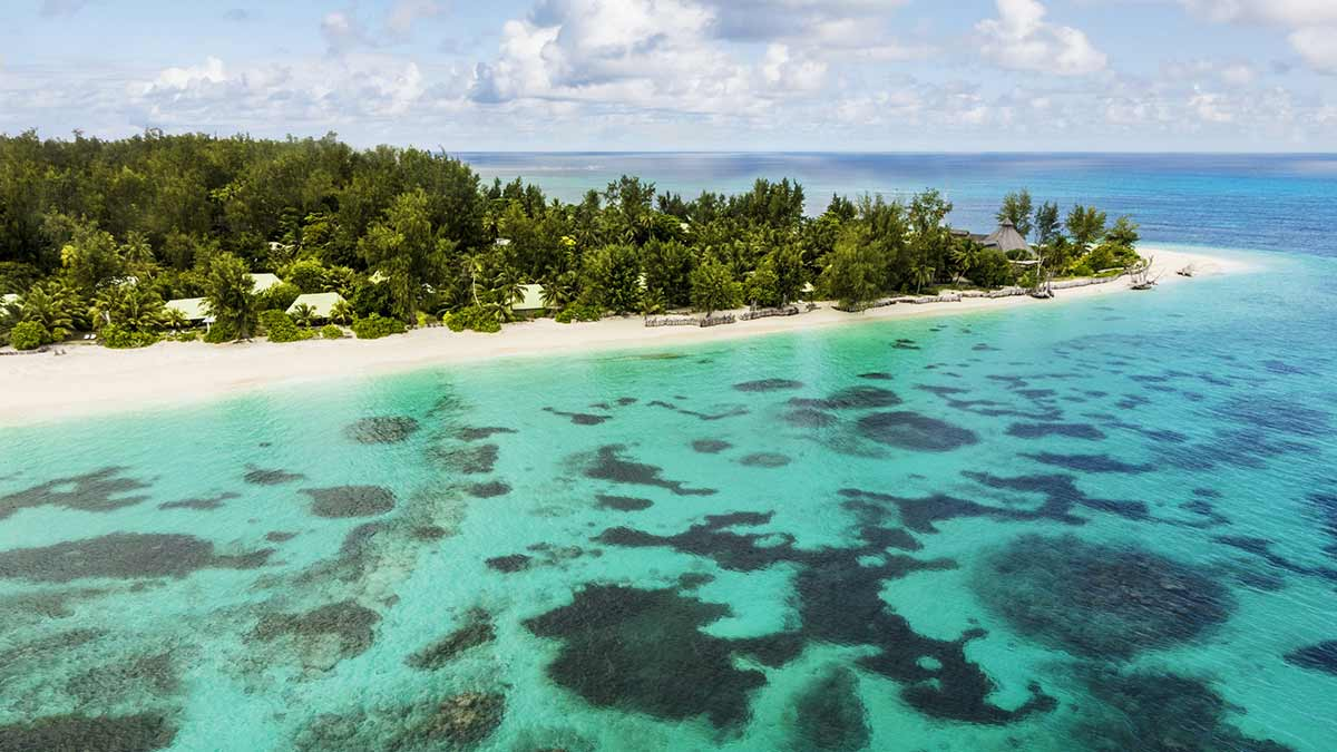 seychelles-archipelago-beach-erosion