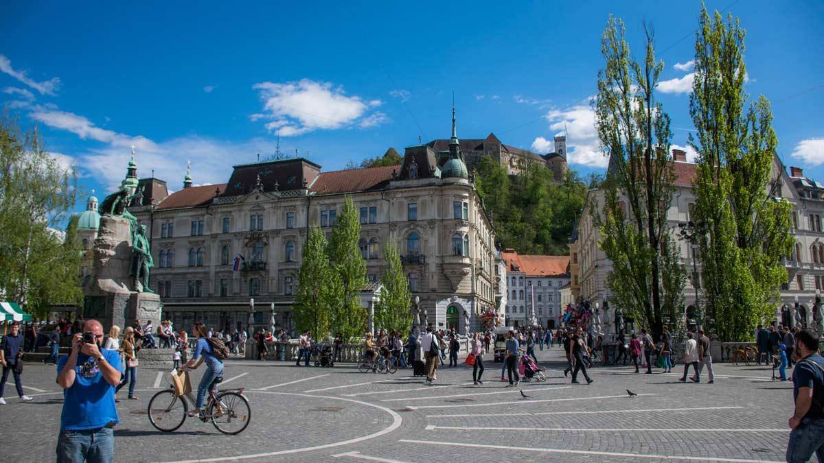ljubljana-preseren-square
